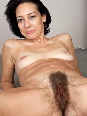free amature hairy ass women pics
