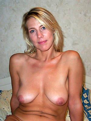 hot grown up amateur photo