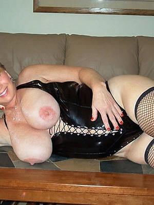 free porn pics of XXX mature in latex