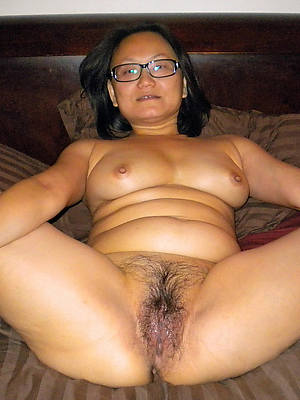 sweet nude mature filipina pussy gallery