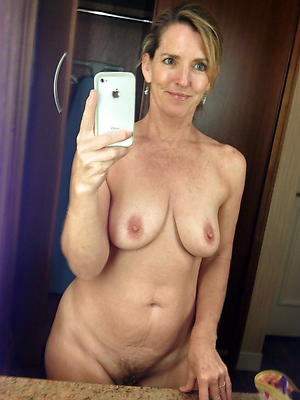 hotties low-spirited selfies full-grown column xxx