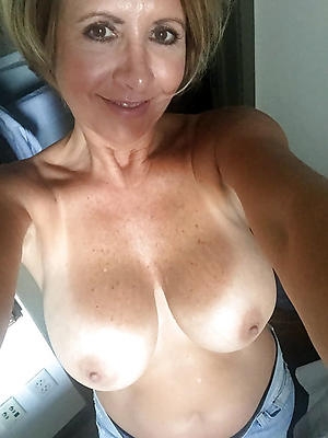 Mom shows pics of sons cock