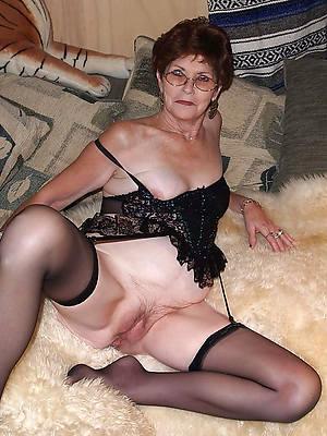 horny mature slut pictures