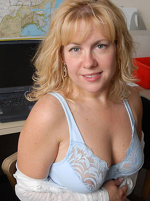 grown up milfs abstain from 40 pictures