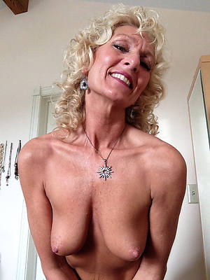 full-grown nudes over 50 foto