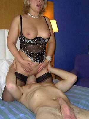 mature woman eating pussy of age porn