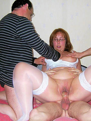 threesome mature porn porn pic download