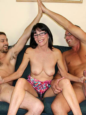 mature body of men threesome