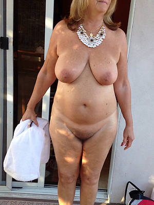 easy porn pics of sexy of age women over 60