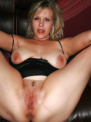 mature vulva amature of age digs pics