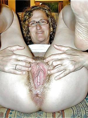 free amature mature vulva pictures