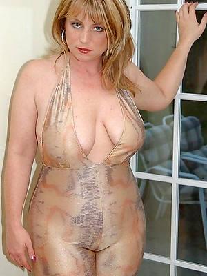 Non Nude