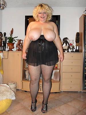mature nylon legs porns