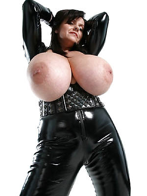 short quill mature in latex sexy pics