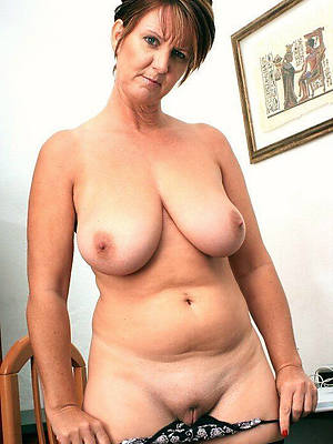 huge natural mature boobs pictures