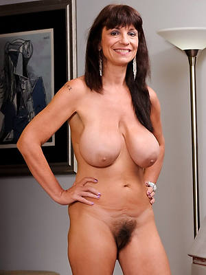 mature unpractised boobs high def porn