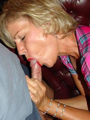 dabbler mature blowjob