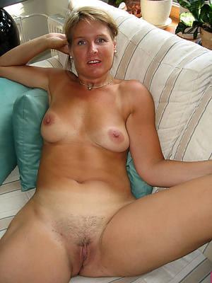 mature amateur solo photos