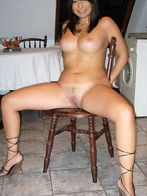 naked pics of sexy mature woman over 30