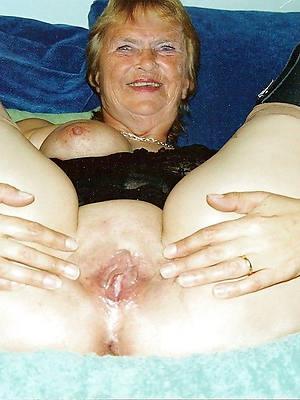 nude grandmothers home pics