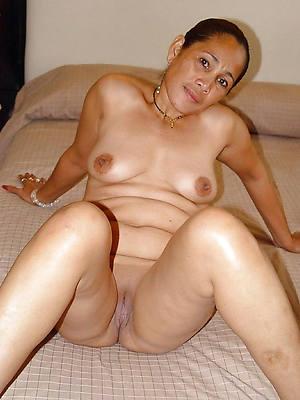 petite elderly filipina pussy nude pics
