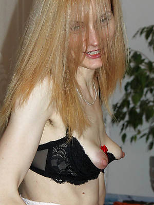 hot sexy long saggy mature tits