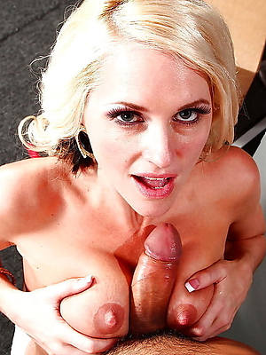 big tit mature blow project shows pussy