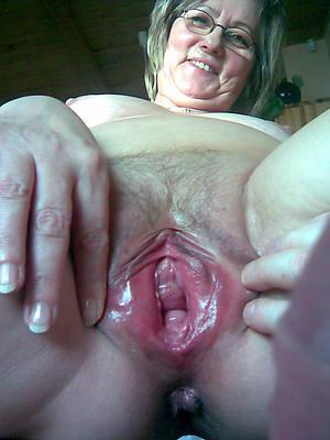 wet mature close yon pussy homemade pics