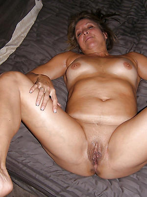 porn pics of mature women shaved pussy