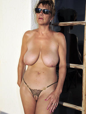 crazy shaved mature women pics