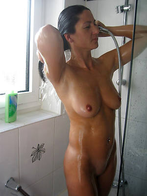 nude busty mature shower pics
