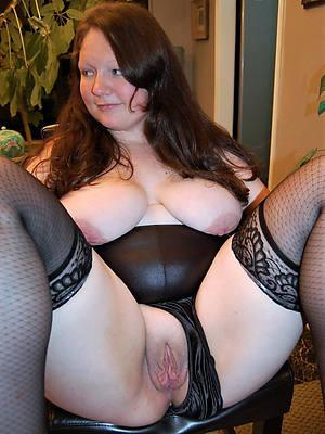 hot despondent wringing wet mature vulva pics