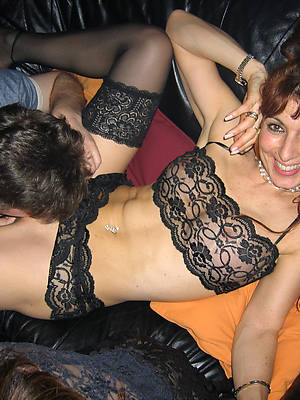 deleterious mature woman eating pussy sheet