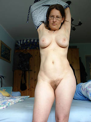 free porn pics of mature busty amateurs