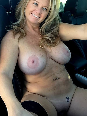 mature hot moms porn
