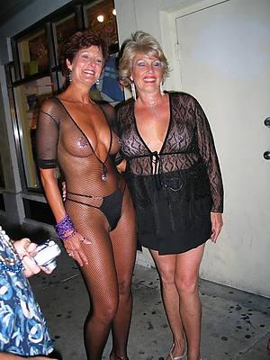 hot mature over 50 nude descry thru