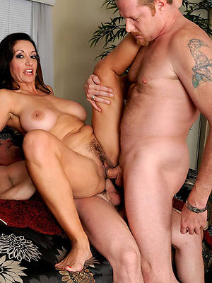 matured amateur threesome pictures