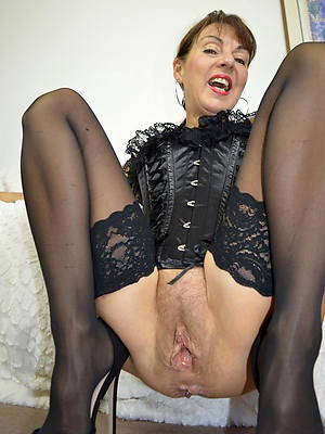 microscopic real hot mature