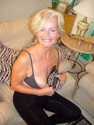 nasty mature moms xxx photos