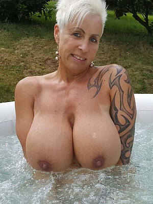 naked women with tattoos pictures