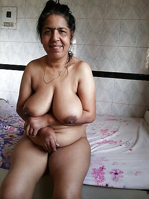 busty mature indian wives naked