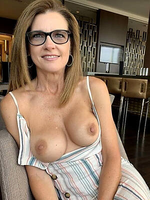 Mom nude We are