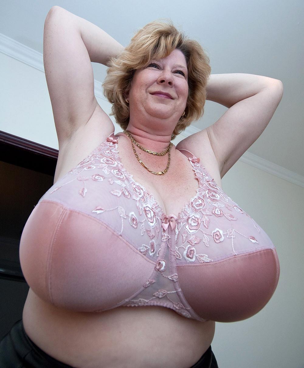 Huge Natural Tits Brunette