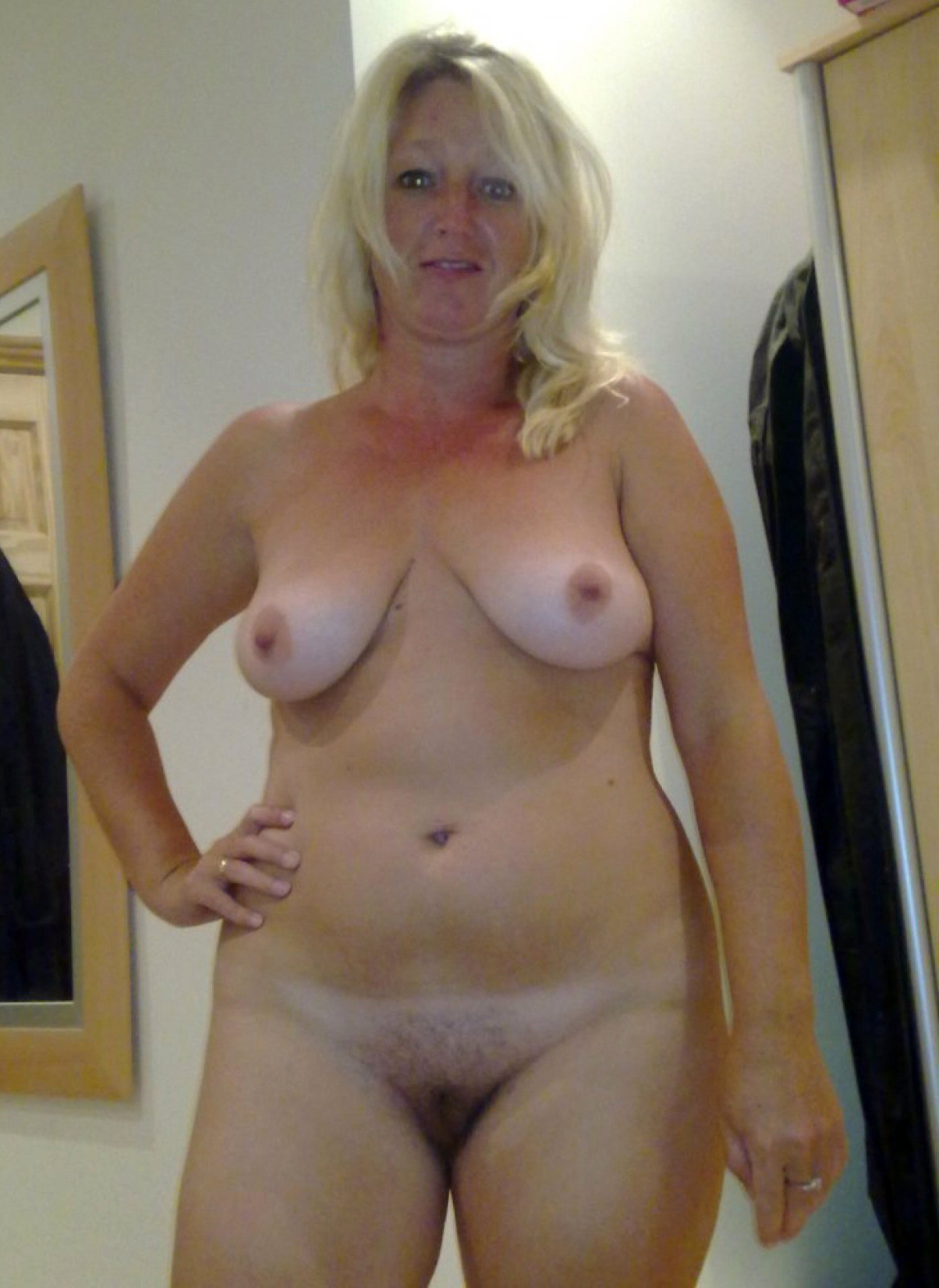Blonde mature women nude