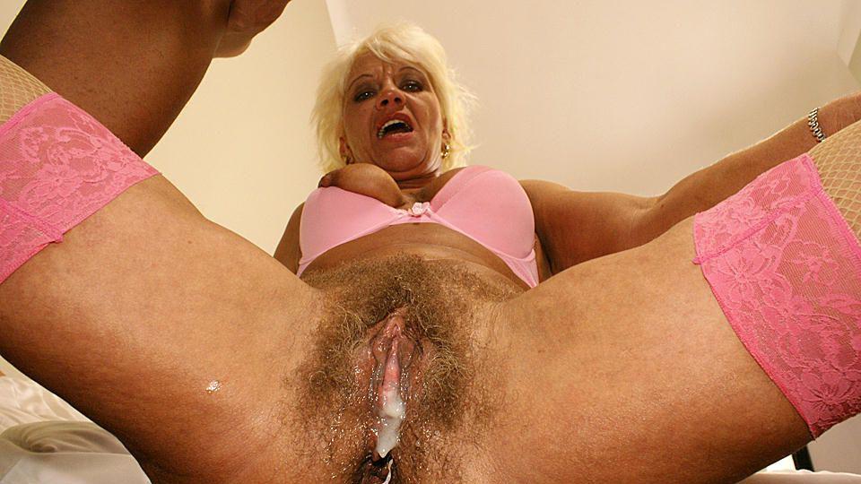 Full lady penetration sonia