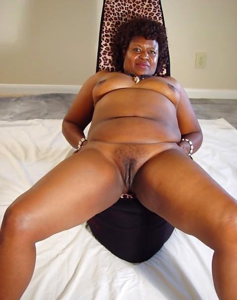 huge tits ebony porn