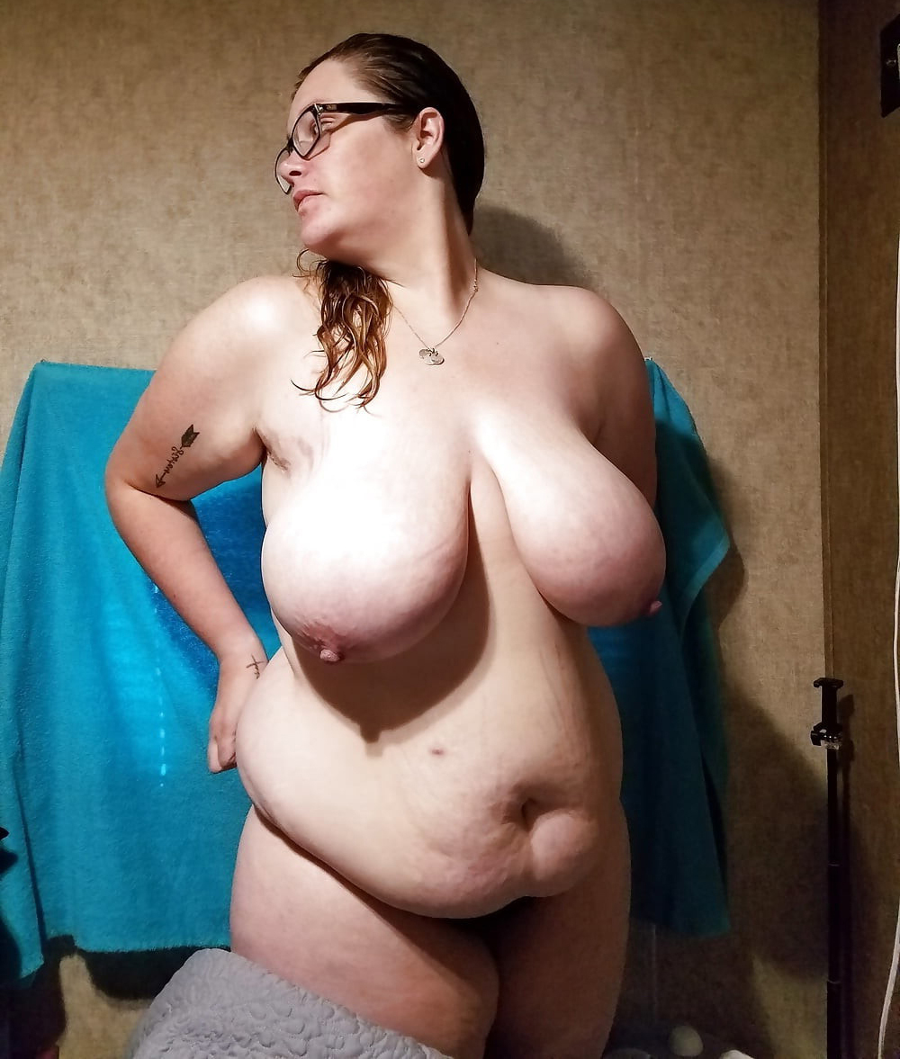 Amateur Fat Girl Blowjob