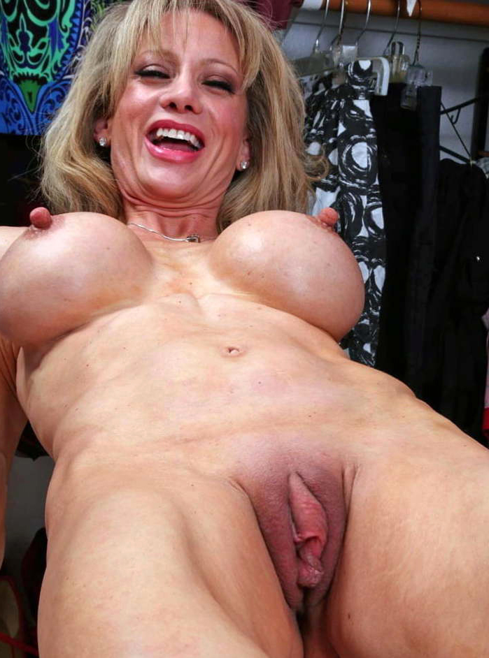 Long nipple women