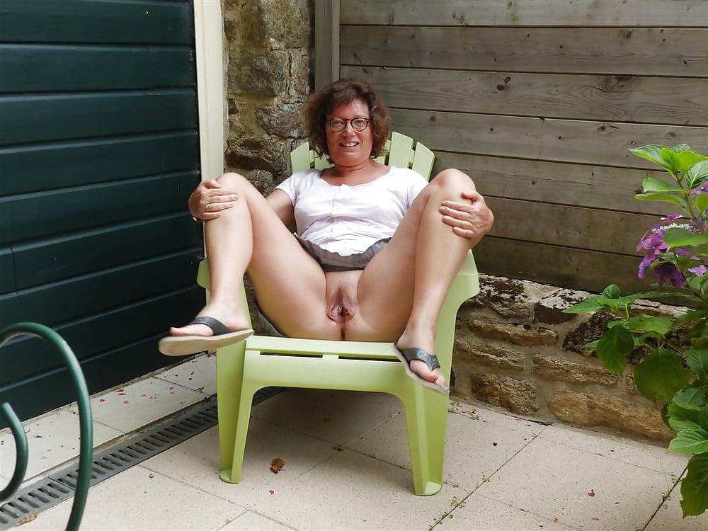 hotties adult vulva stark naked before you can say 'Jack Robinson' no way