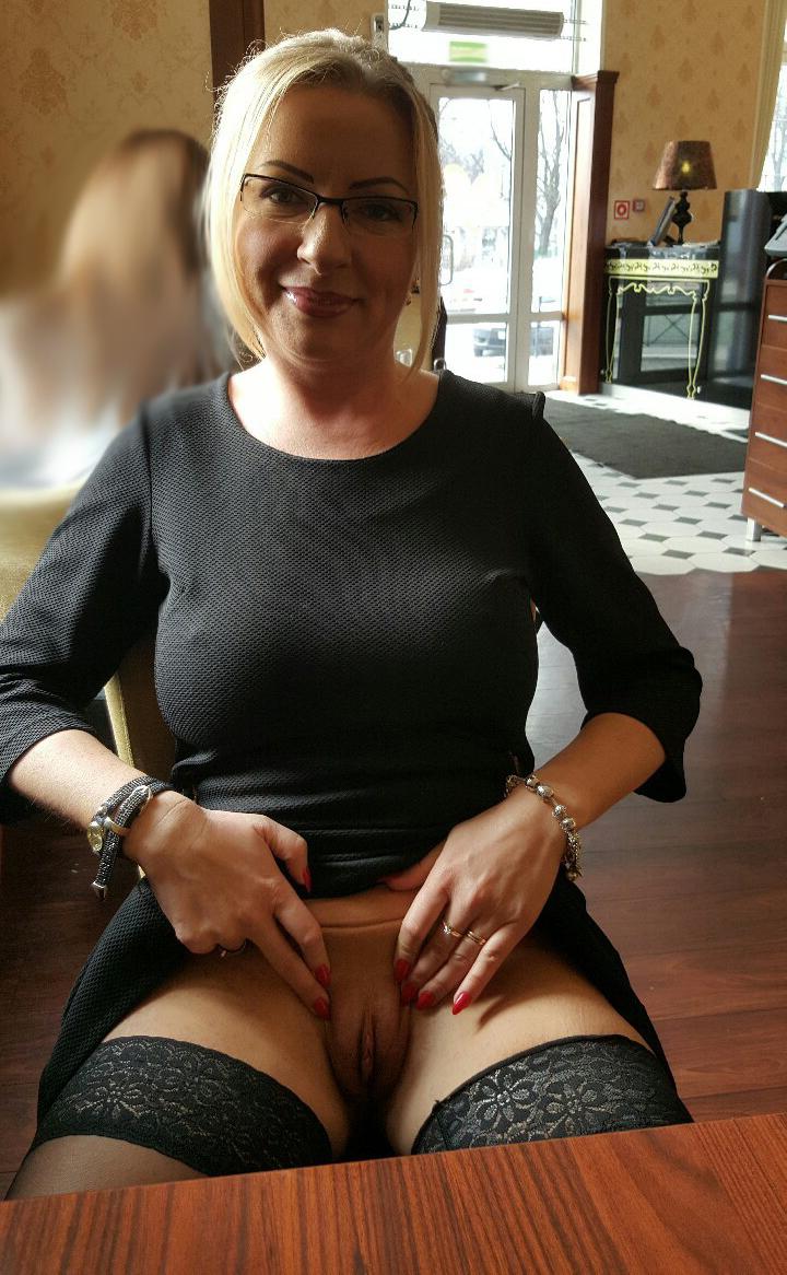 Big booty older white women